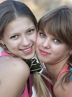 Younger softcore pics teen amour angels free photo funs