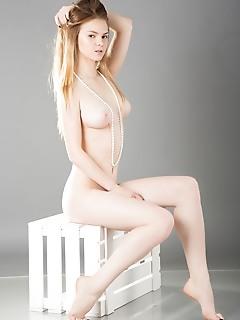 Sexy busty cutie