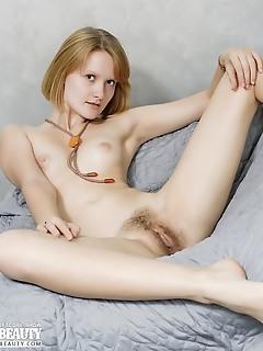 A sweet hairy twat
